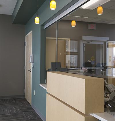 connecticut-architect_healthcare-hospital_urgent-care-interior_waiting-room-4-400x420.jpg